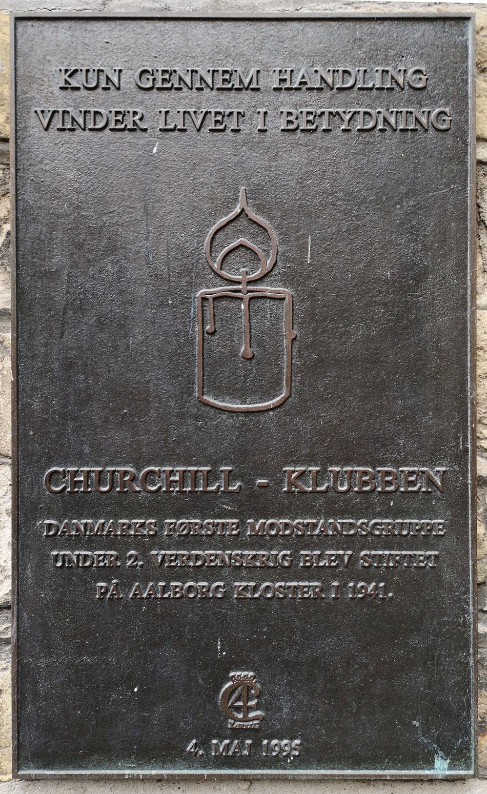 Mindeplade for Churchill-Klubben